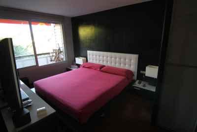 Квартира в пригороде Барселоны на первой линии моря